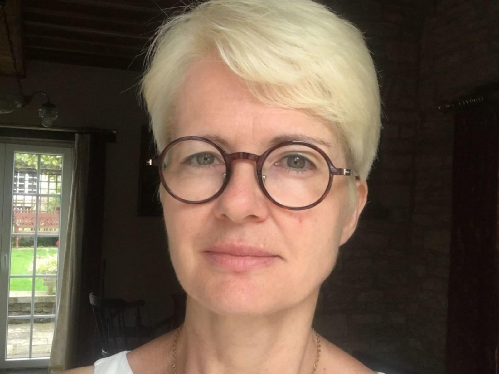 Sylvie from Pontoise, France