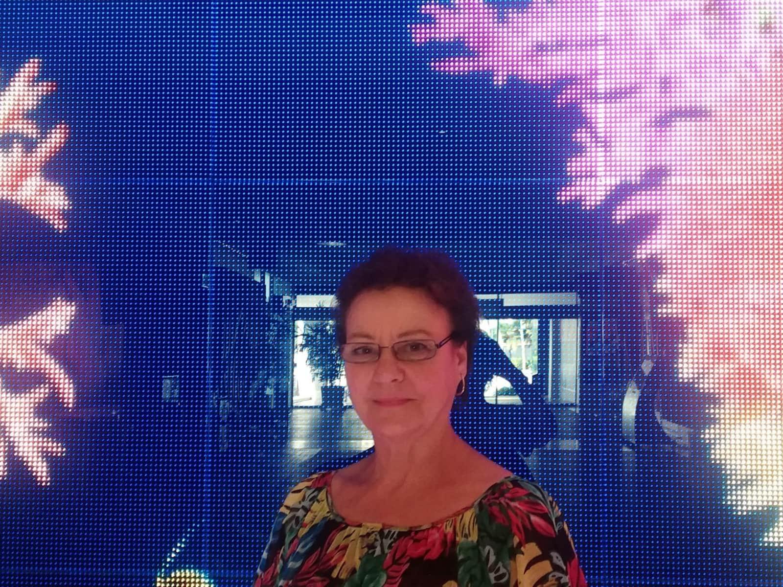 Sue from Sunshine Coast, Queensland, Australia