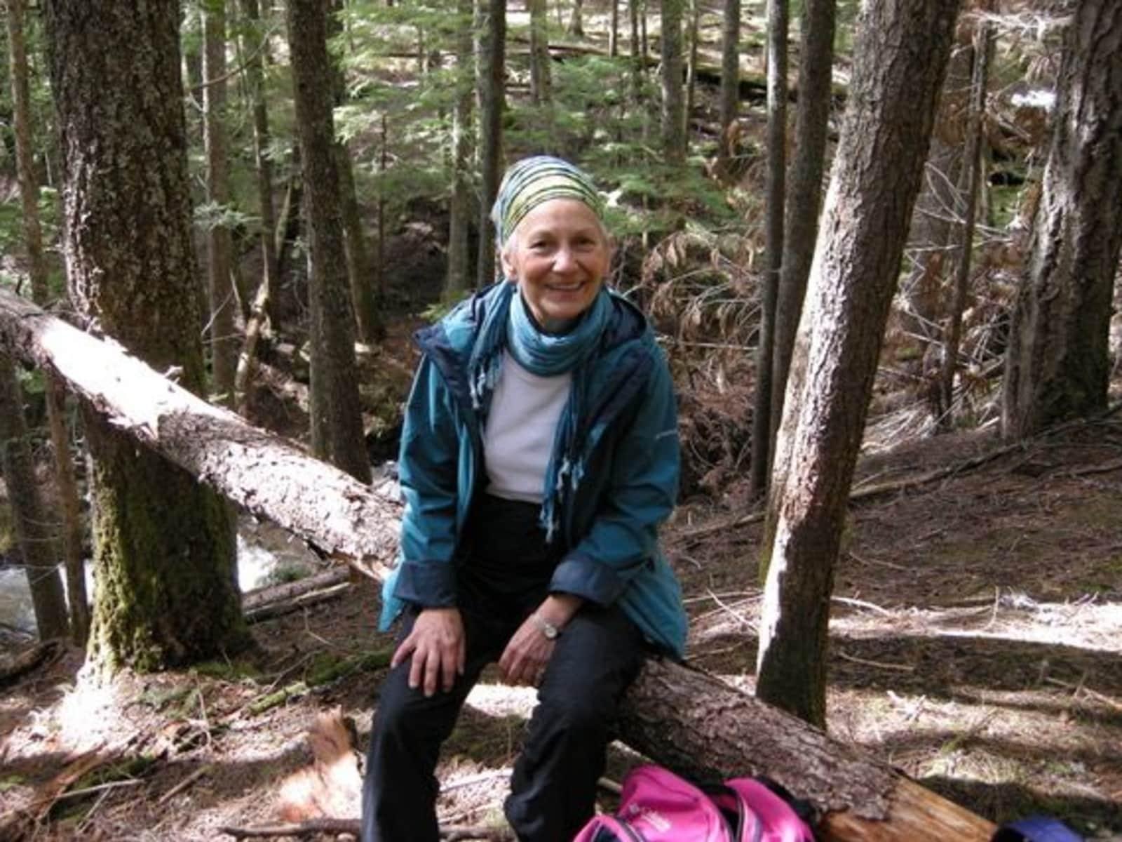 Barbara from LaSalle, Ontario, Canada