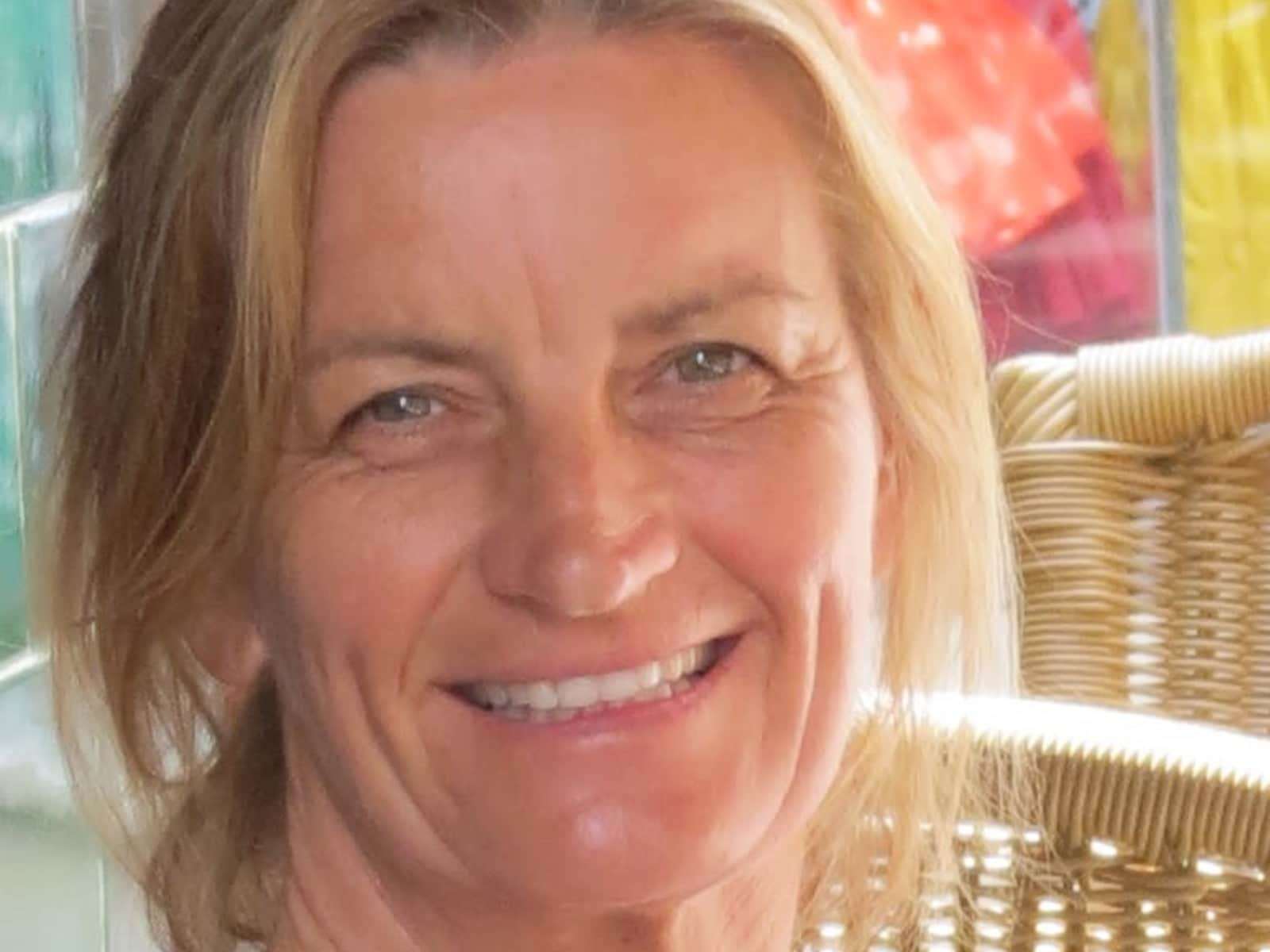 Suzanne from Hampton, Victoria, Australia