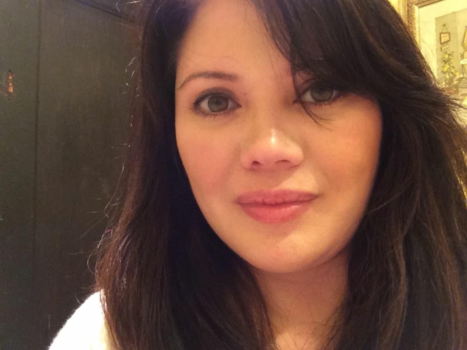 Mariel from Winnetka, California, United States