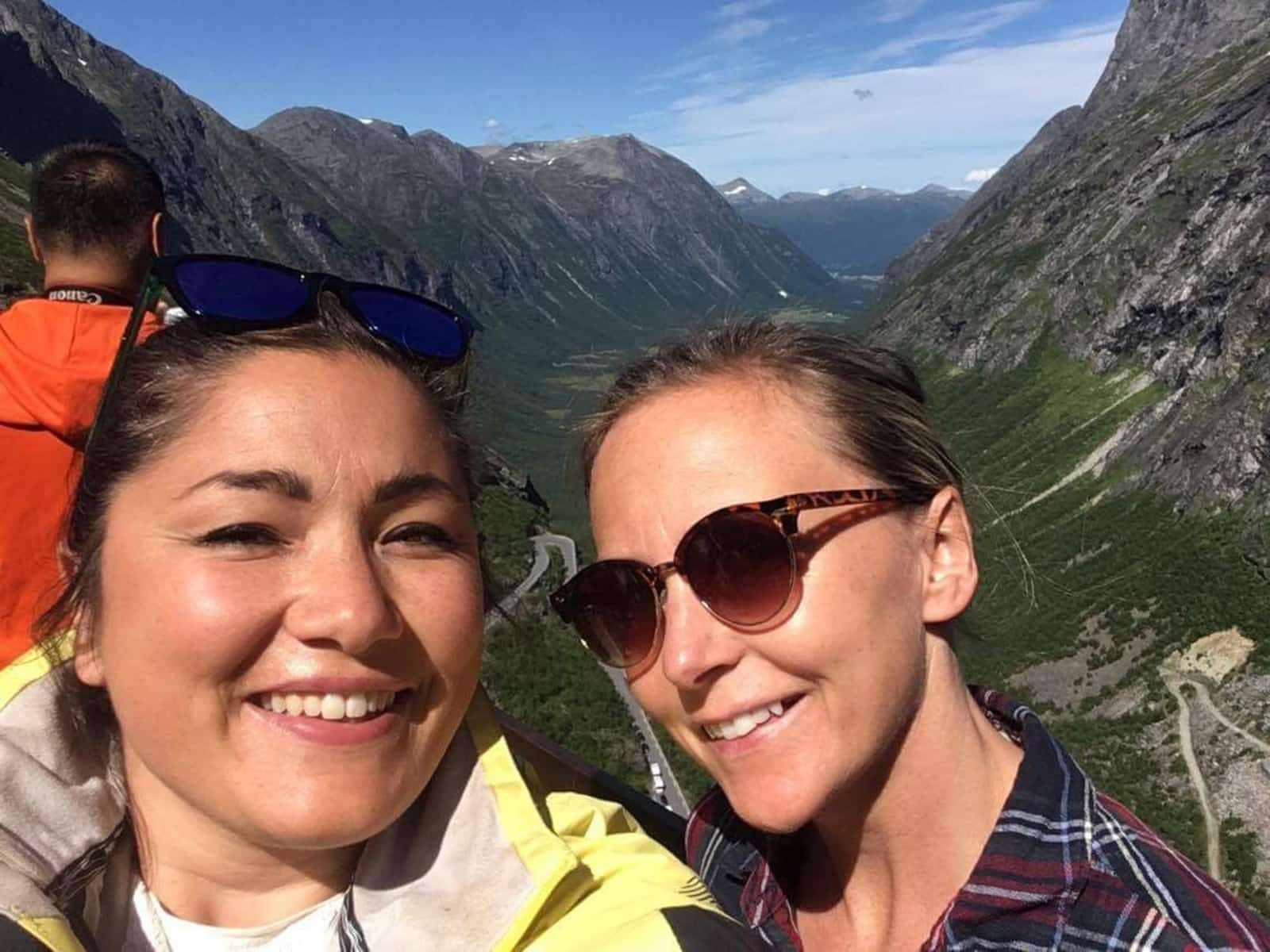 Amy & Thea from Oslo, Norway