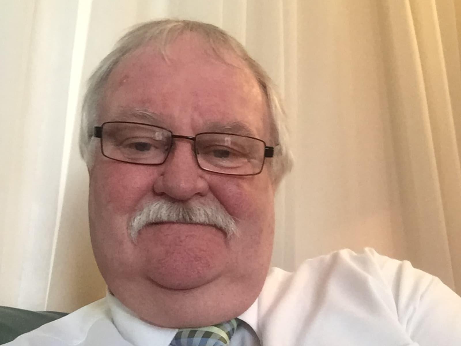 Dennis from Saint Kilda, Victoria, Australia
