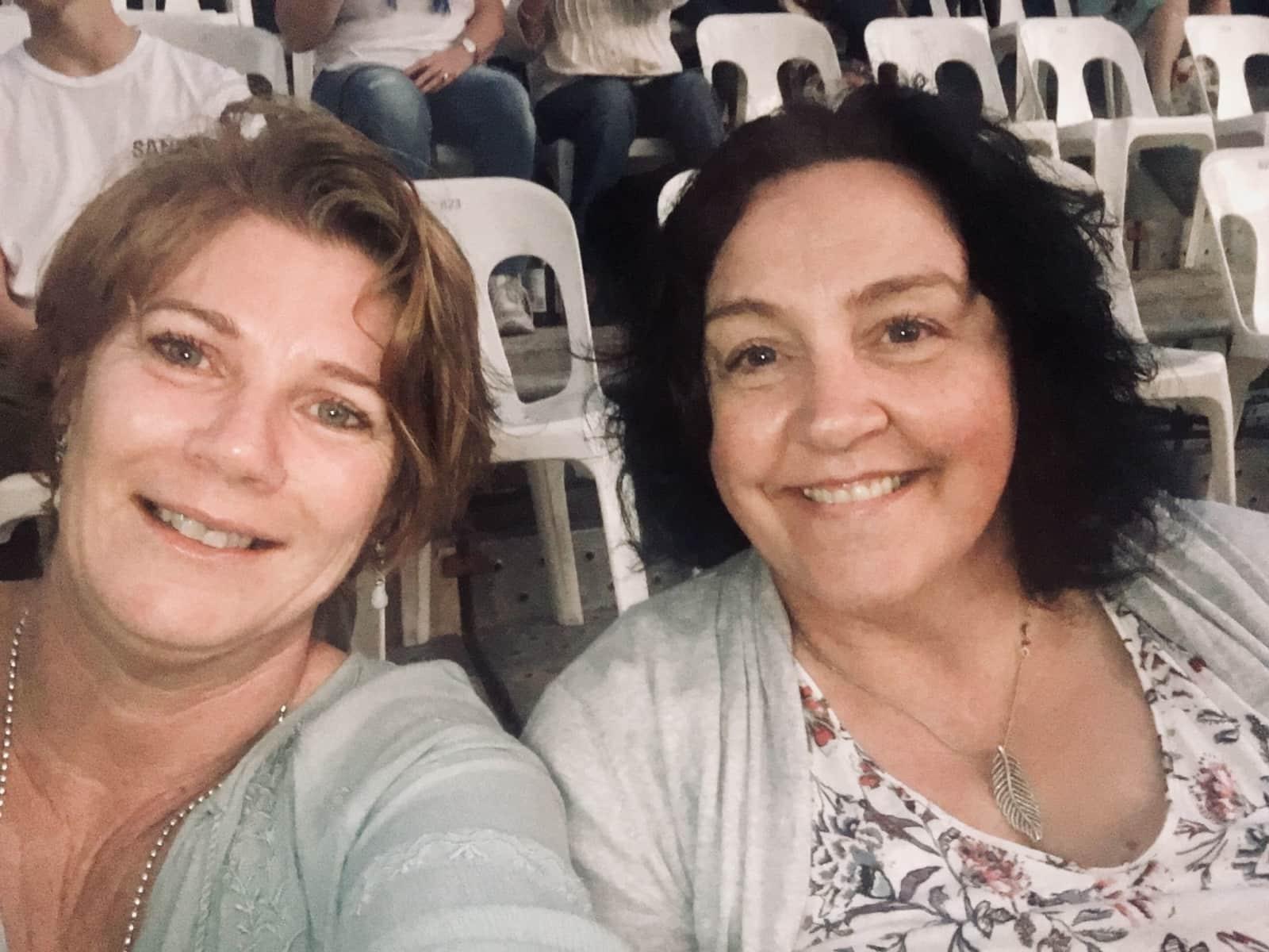 Wendy & Lynne from Townsville, Queensland, Australia