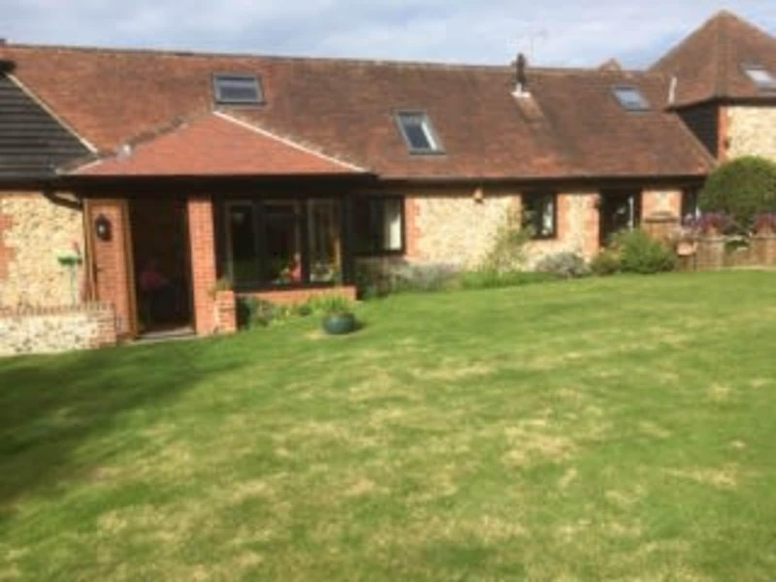 Housesitting assignment in Emsworth, United Kingdom