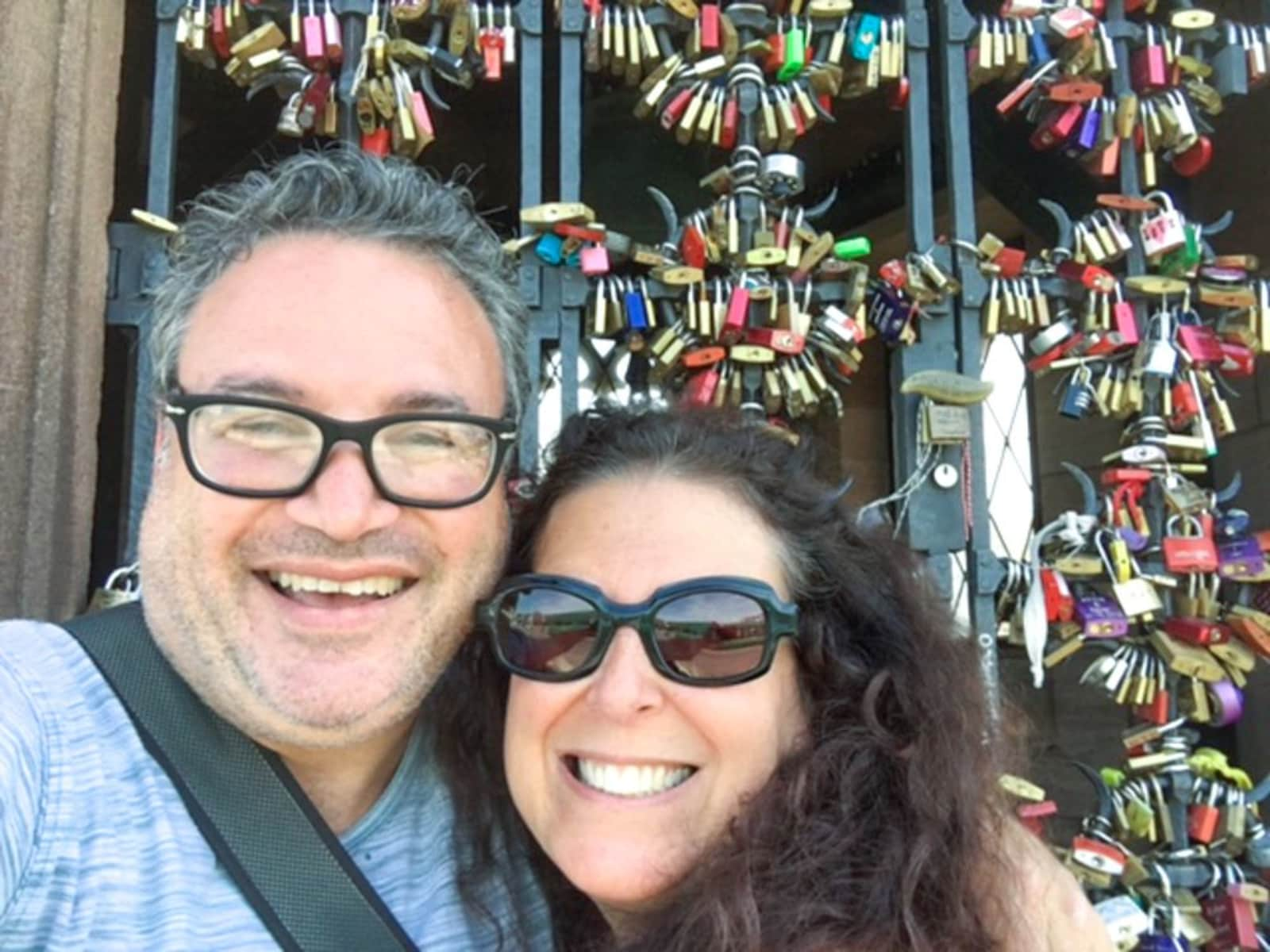 Mindi & Daryl from Philadelphia, Pennsylvania, United States