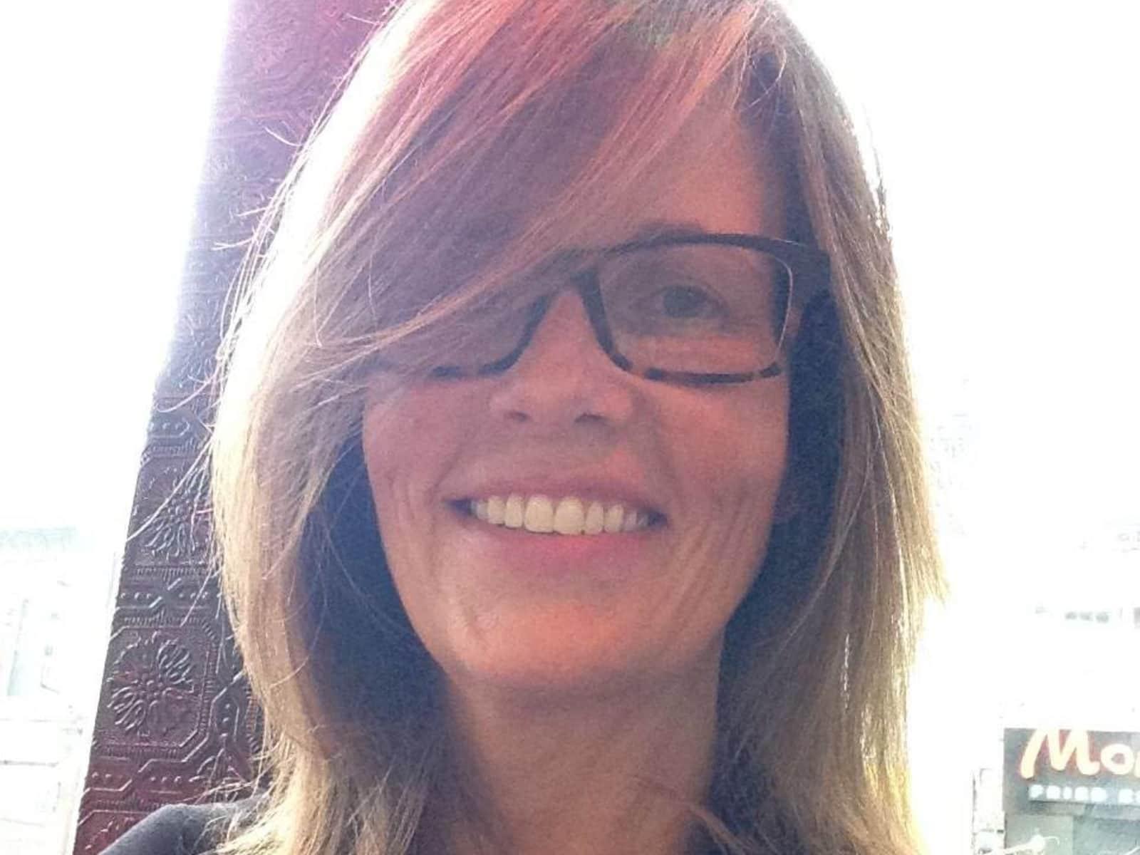 Teresa from Smithville, Ontario, Canada