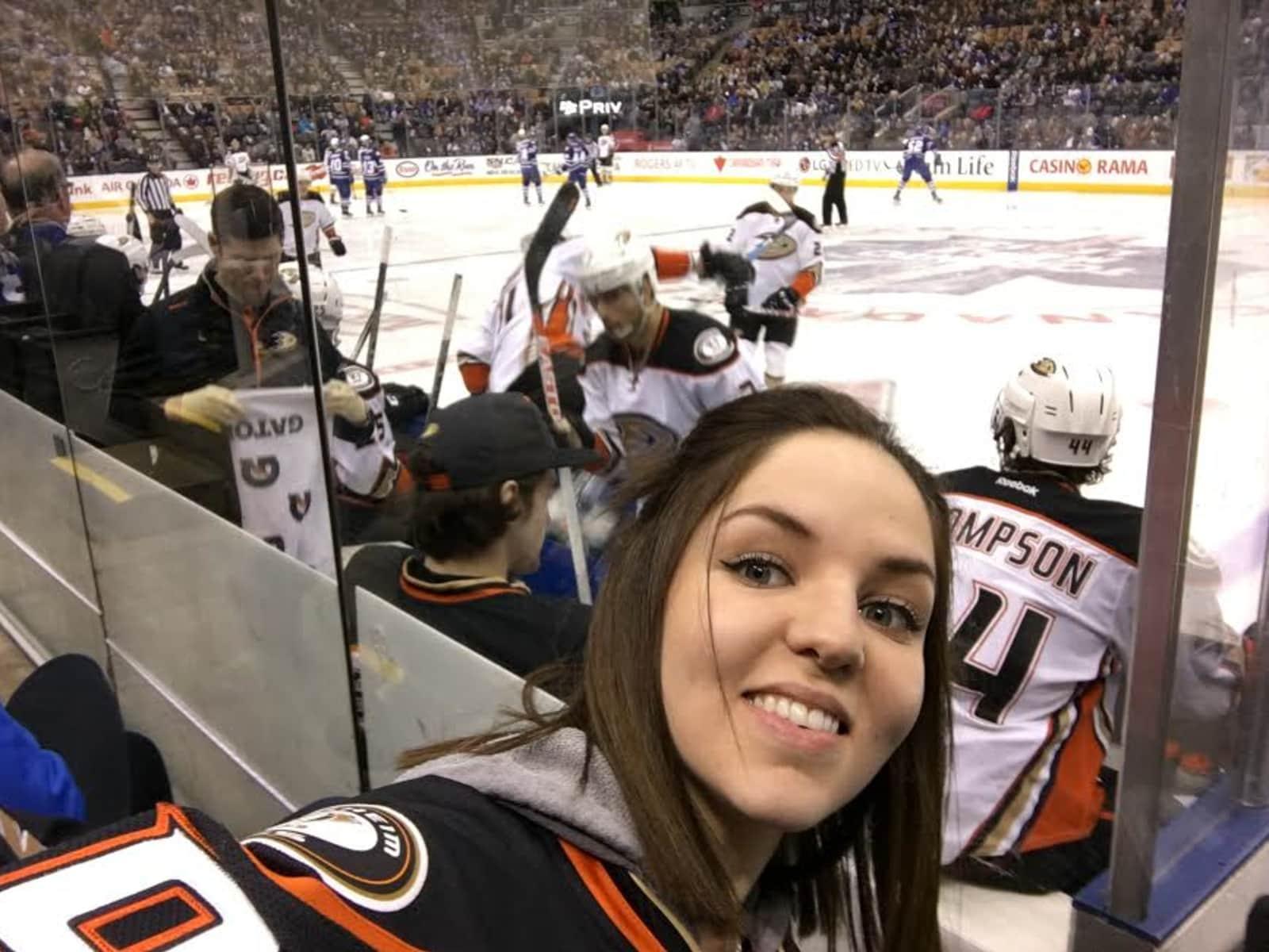 Jenna from Orange, California, United States
