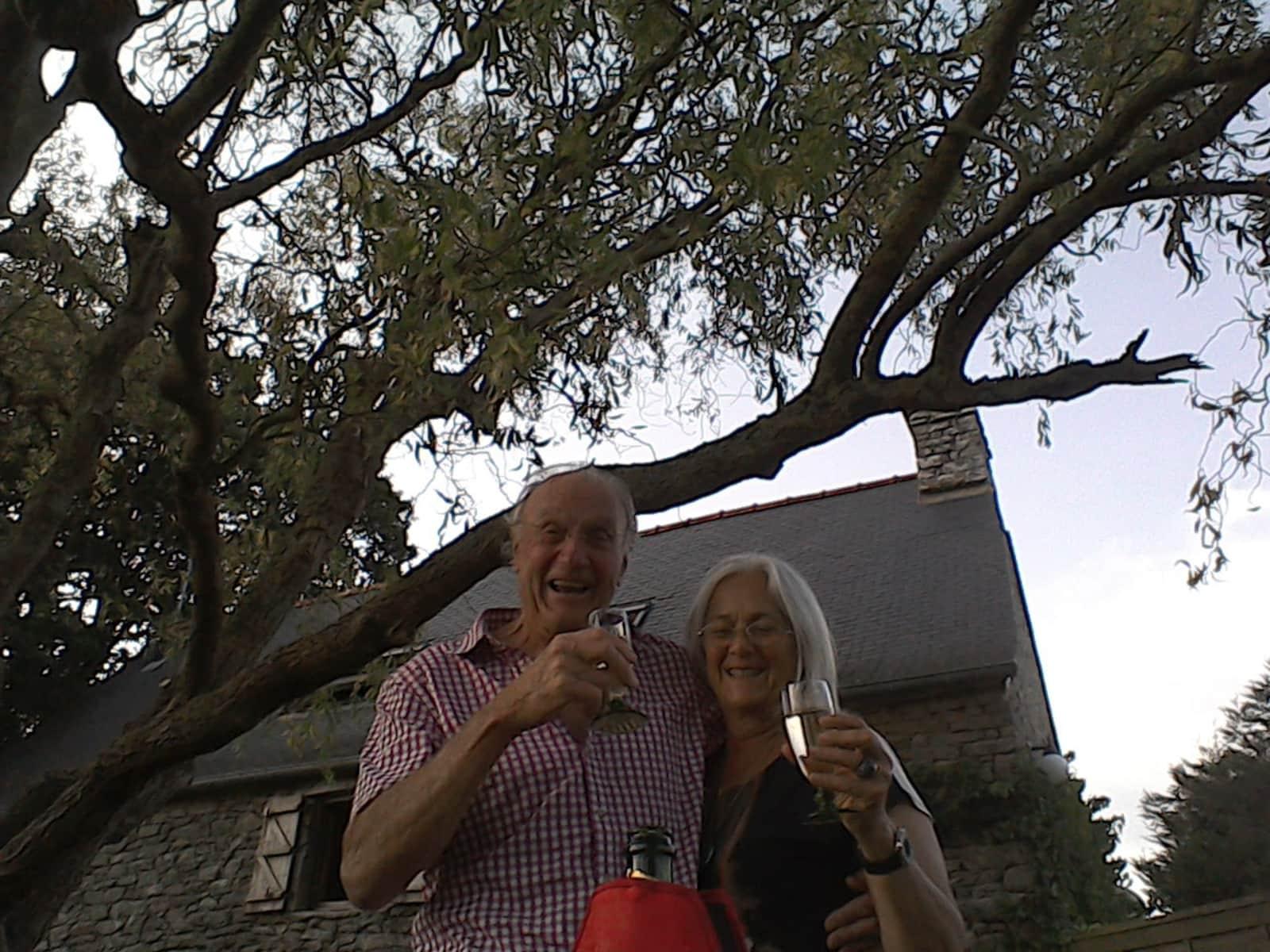 Diana & Matthew from Guégon, France