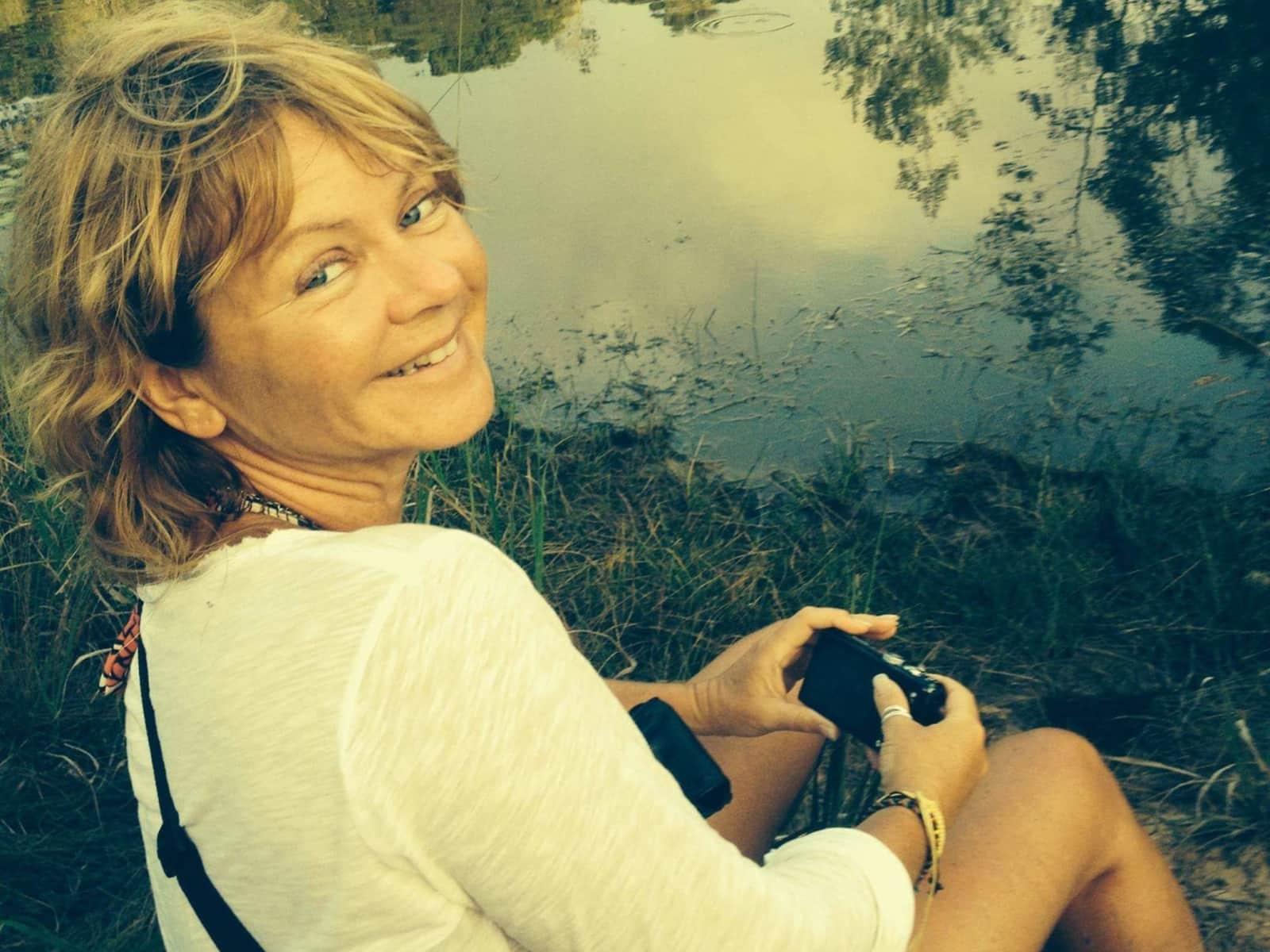 Sue from Hampton, United Kingdom