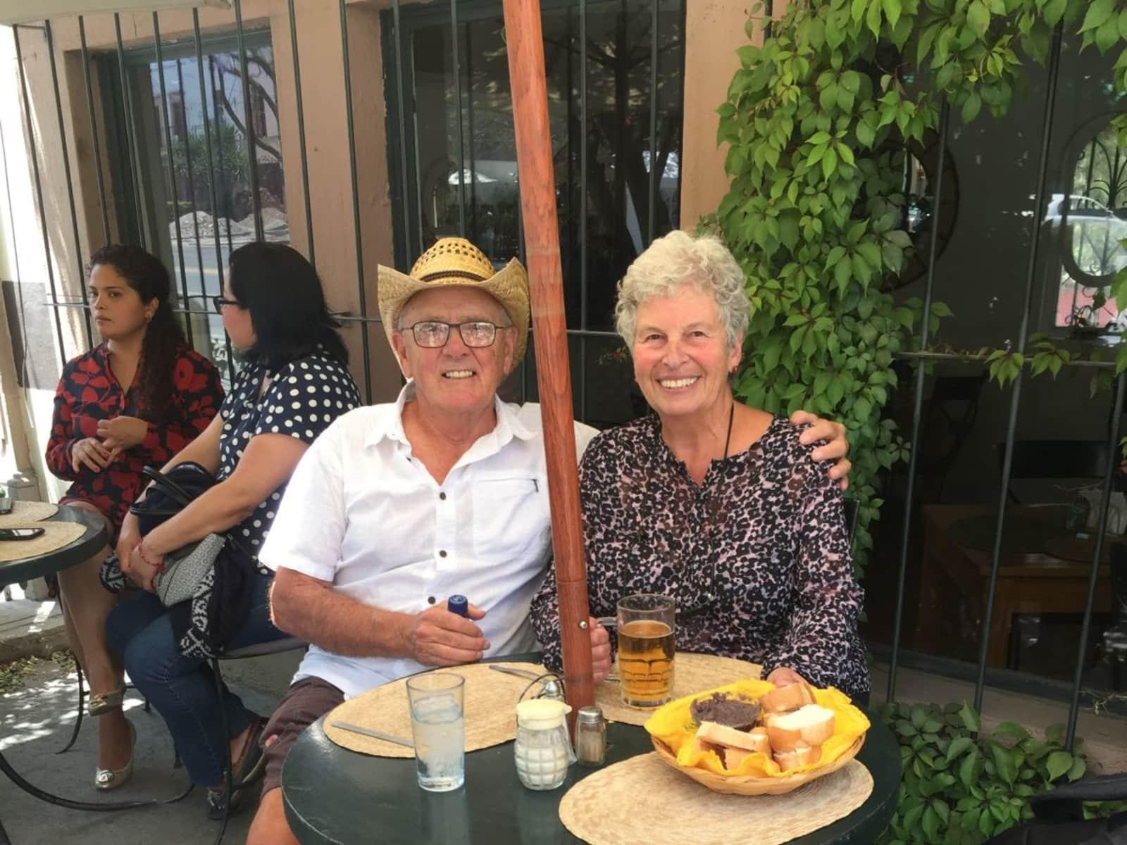 Ken & Lyse from Niagara Falls, Ontario, Canada