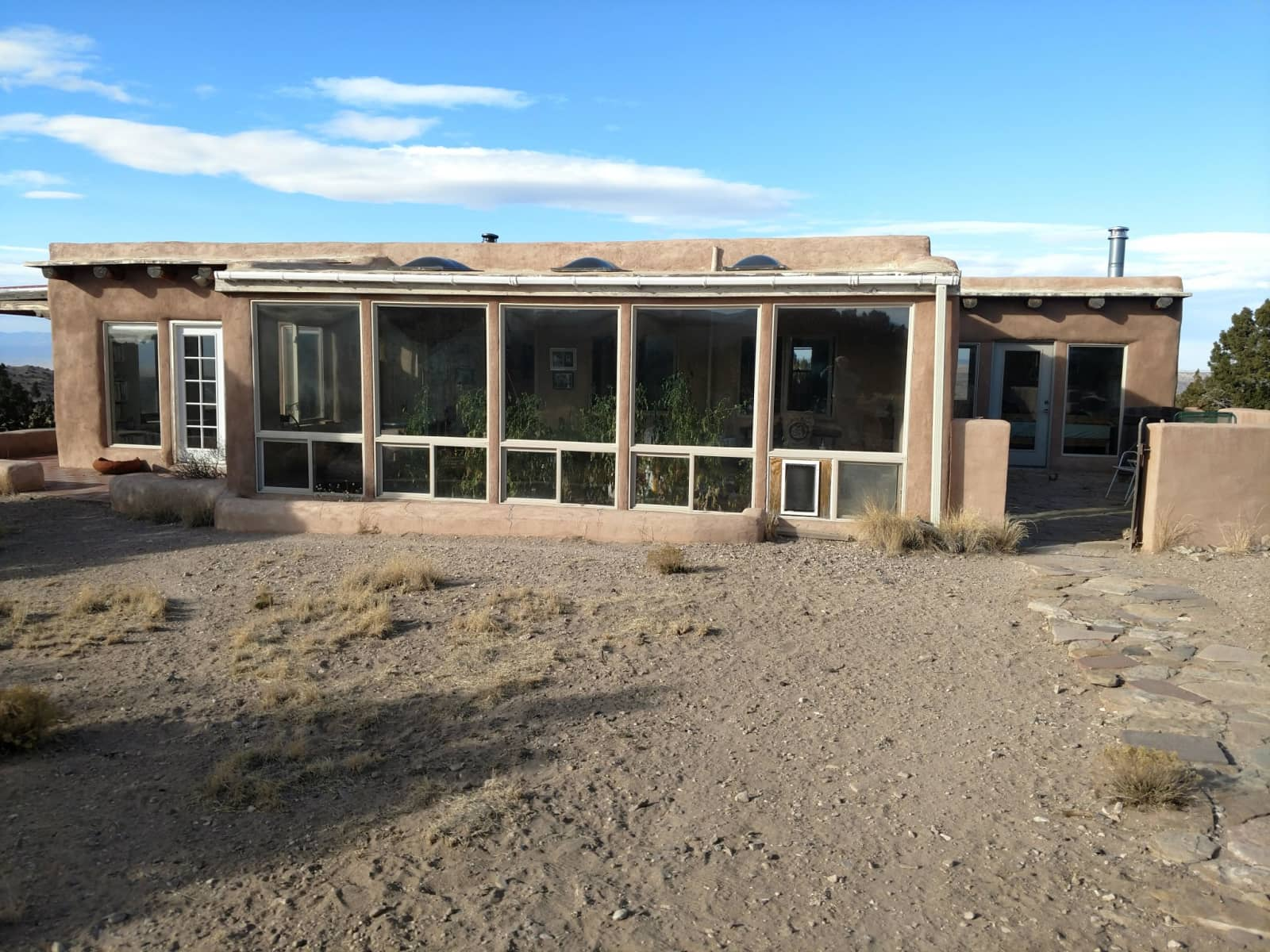 Housesitting assignment in Cerrillos, New Mexico, United States