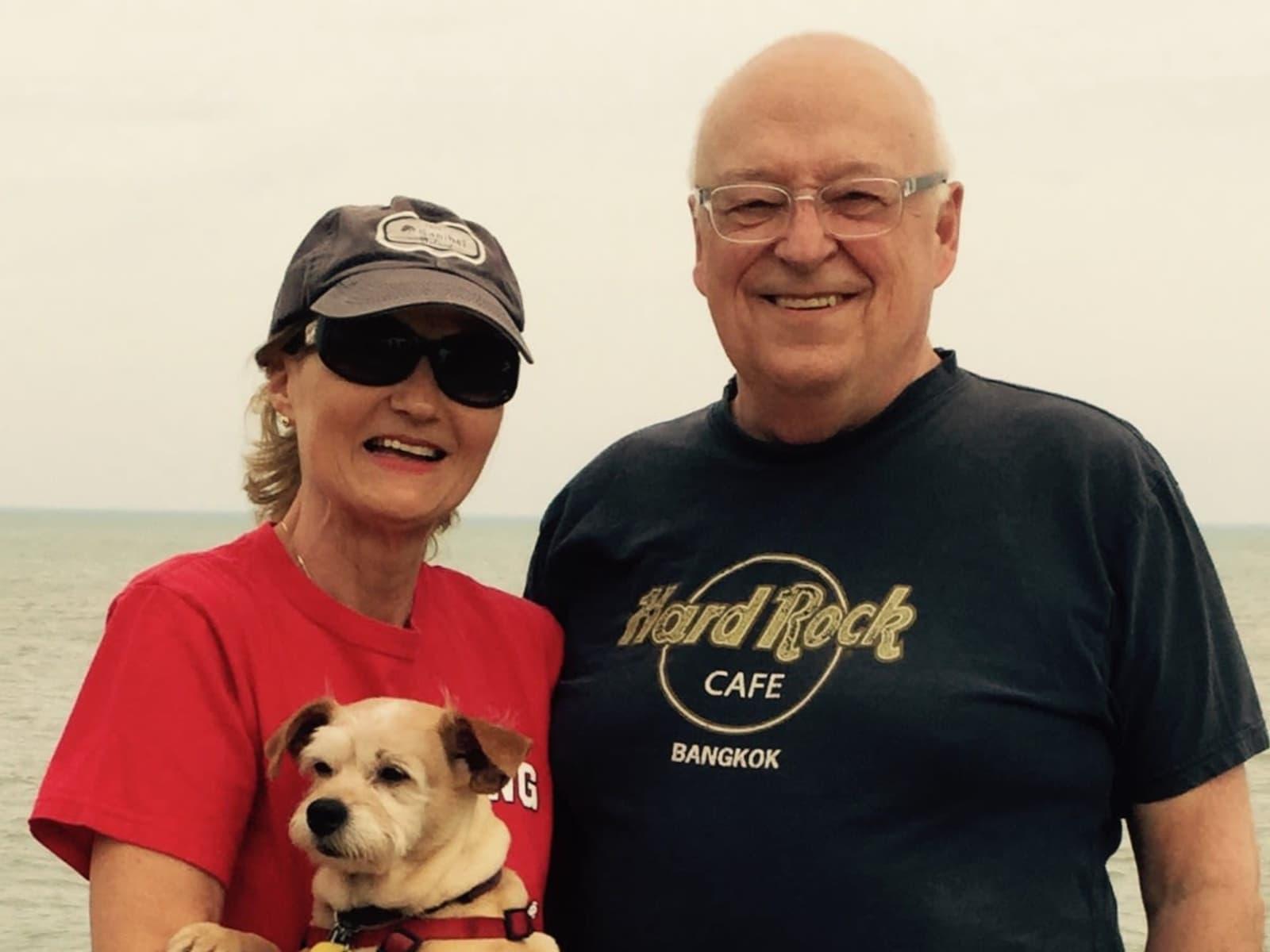 Wayne & Deborah from Chicago Loop, Illinois, United States