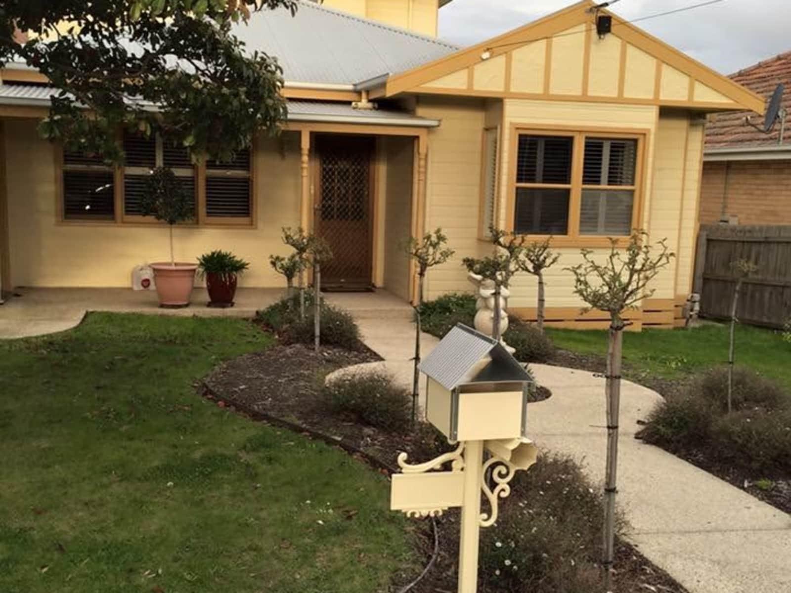 Housesitting assignment in Hamlyn Heights, Victoria, Australia