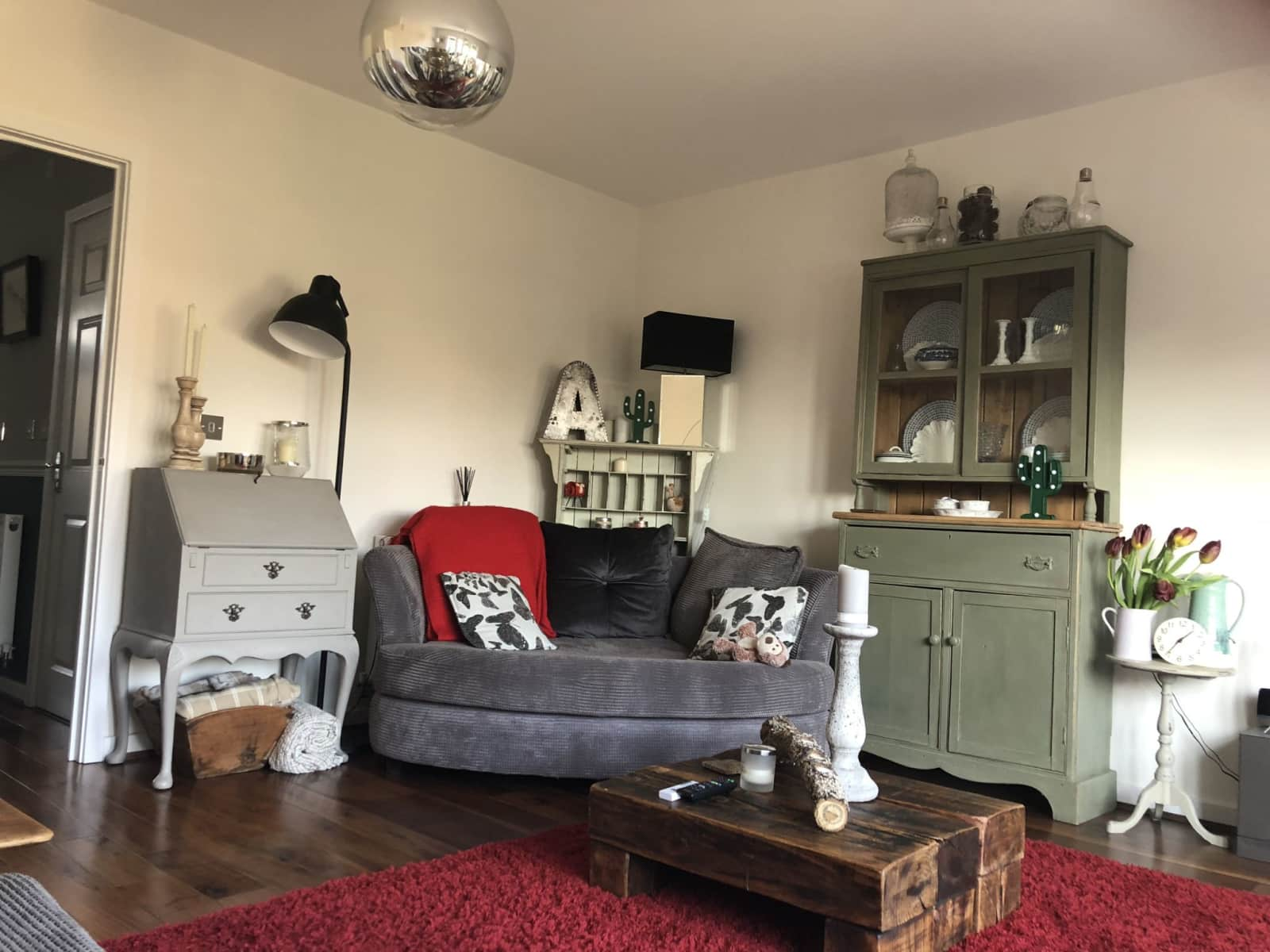 Housesitting assignment in Farnham, United Kingdom