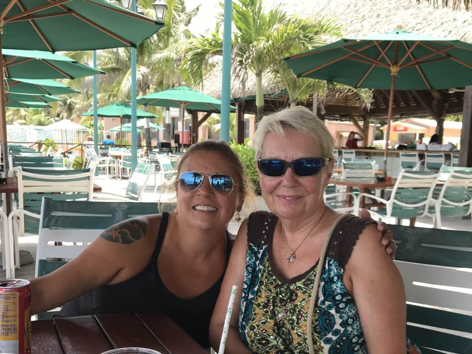 Anita & John from Dallas, Texas, United States