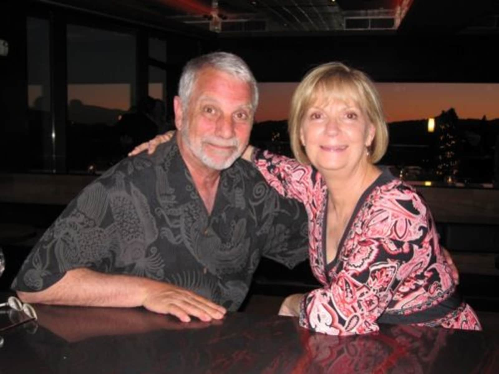 Nancy & Les from Nashville, Tennessee, United States