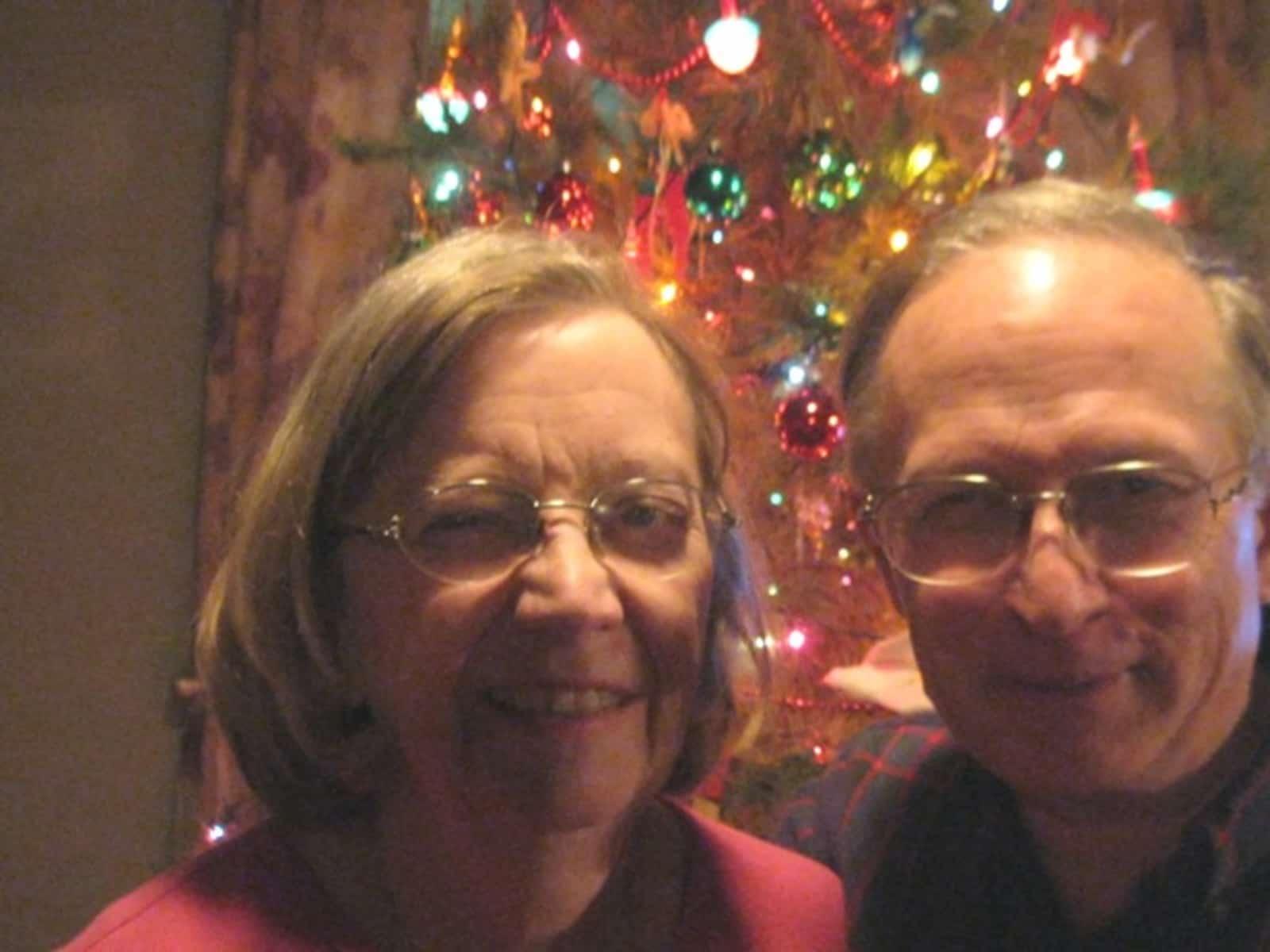 Charlie & Mary from Lockhart, Texas, United States