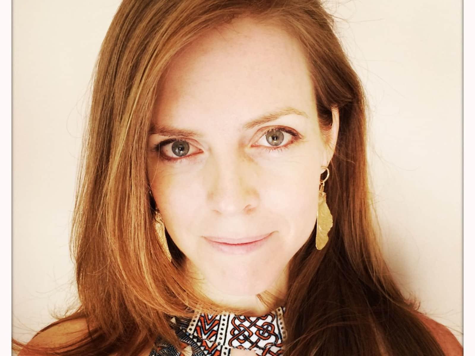 Lauren from Gibsons, British Columbia, Canada