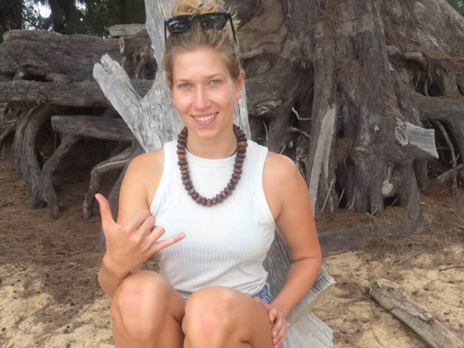 Julia from Kapa'a, Hawaii, United States