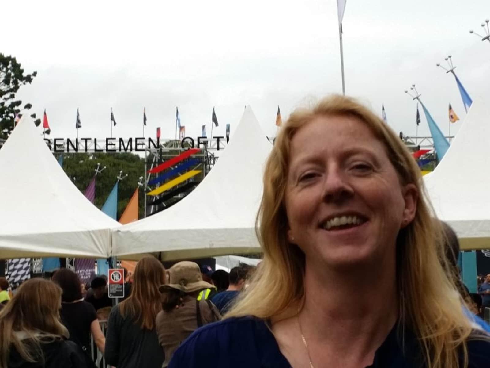 Fiona from Bathurst, New South Wales, Australia