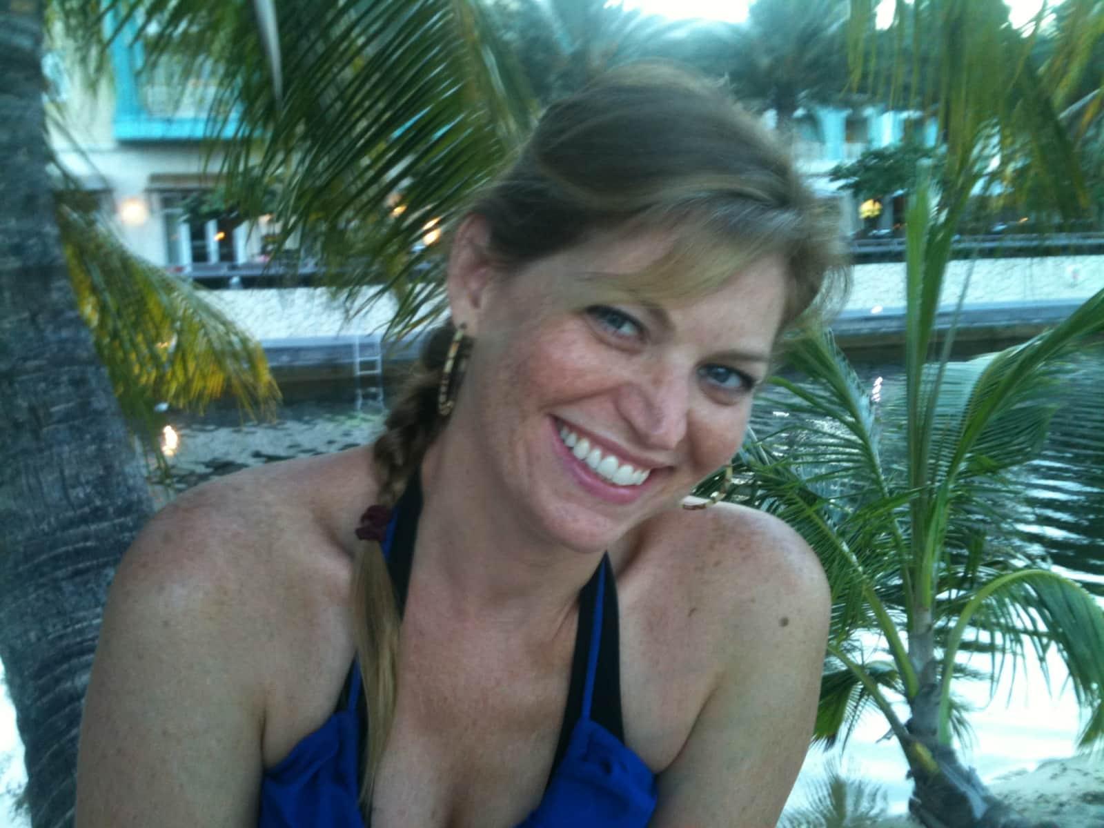 Elizabeth from Dallas, Texas, United States