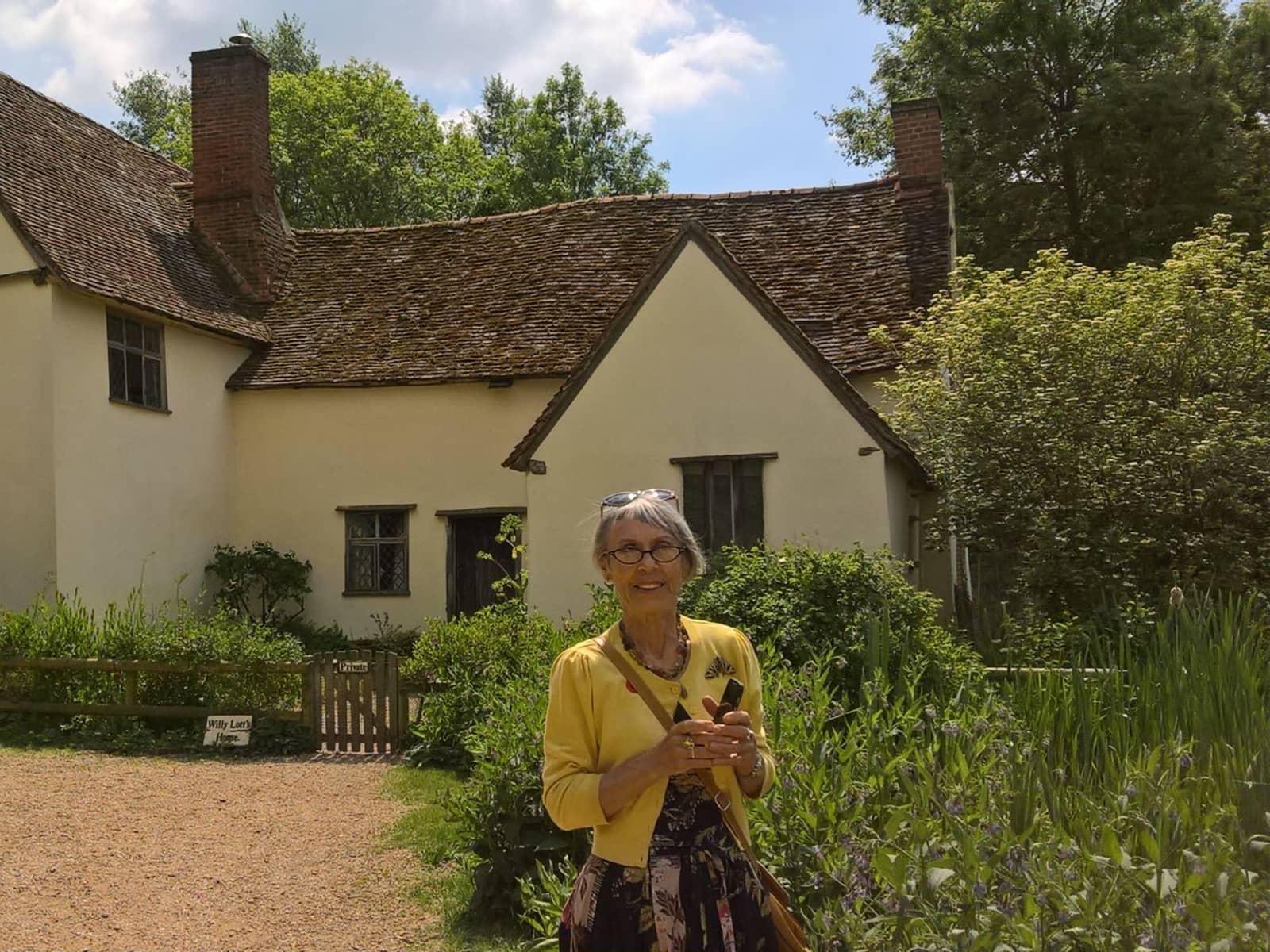Maureen from Earls Barton, United Kingdom