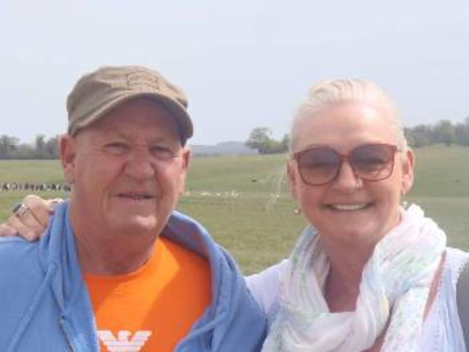 Joanne & Gary from Hobart, Tasmania, Australia