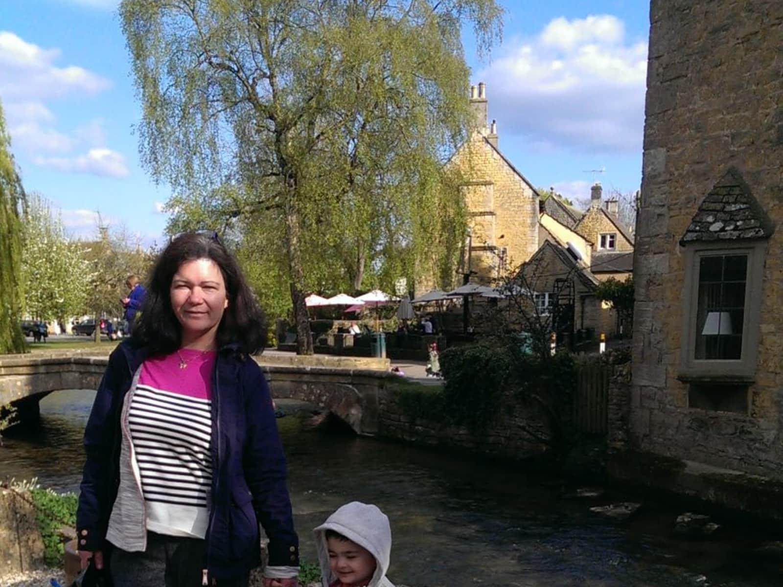 Murielle from Swindon, United Kingdom