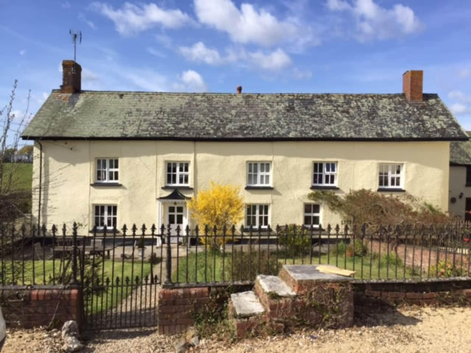 Housesitting assignment in Tedburn Saint Mary, United Kingdom