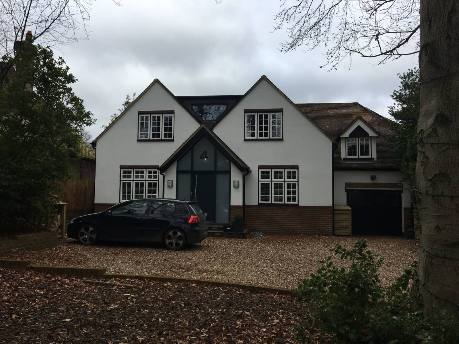 Housesitting assignment in Guildford, United Kingdom