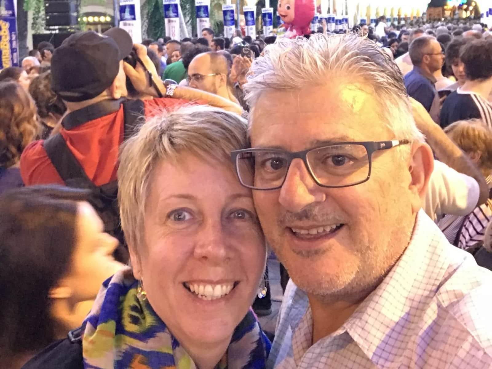 Linda & Laurie from Melbourne, Victoria, Australia