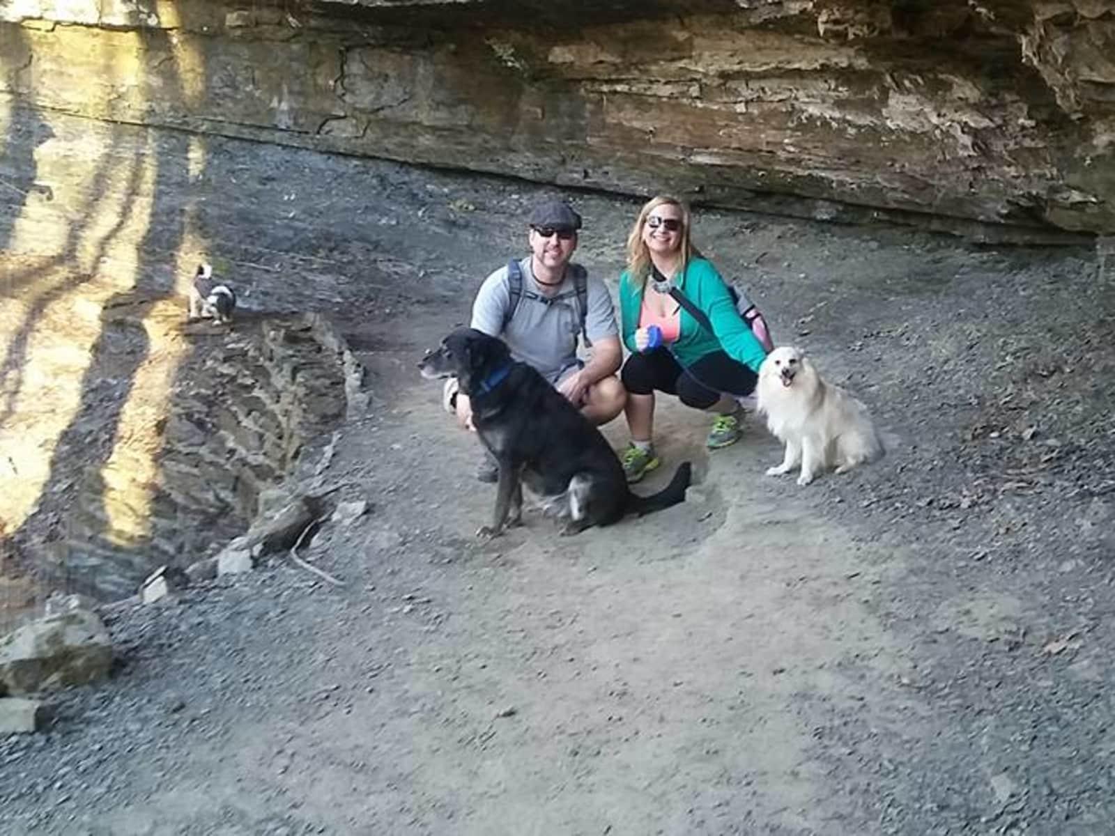 Lisa & Josh from Rogers, Arkansas, United States