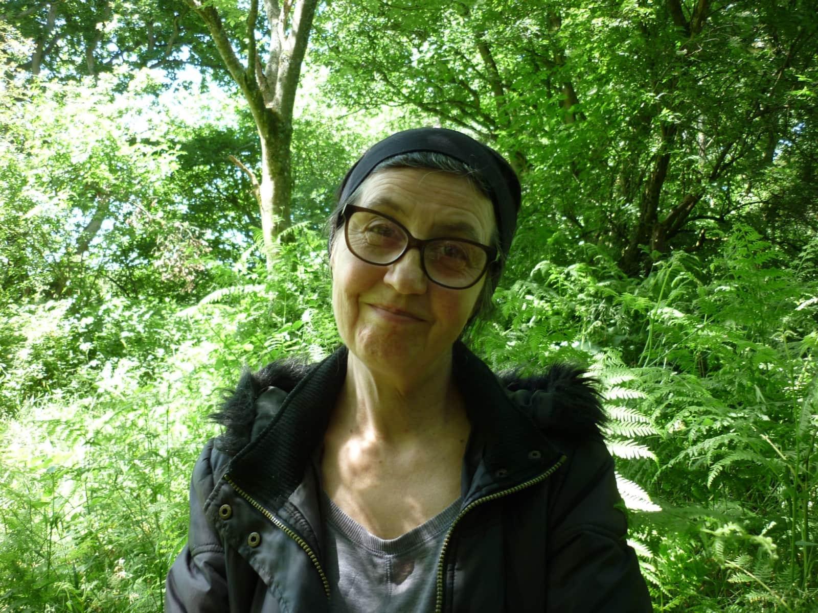 Helen from Billingshurst, United Kingdom