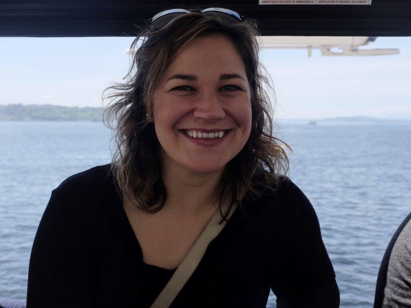 Alisa from Seattle, Washington, United States