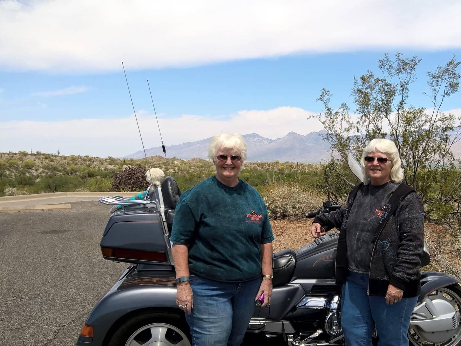 Linda e & Jeanette from Tucson, Arizona, United States