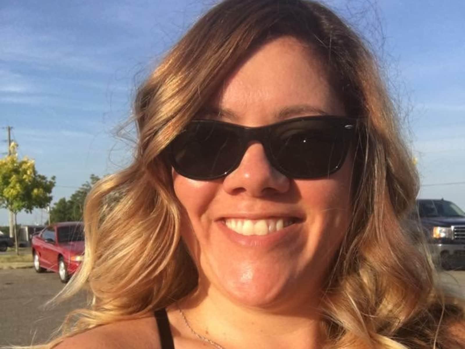 Alexis from Orangeville, Ontario, Canada