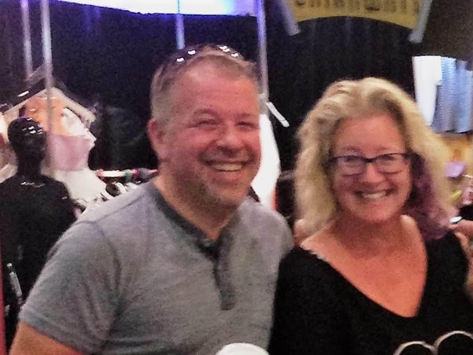 Lesli & Lance from Hamilton, Ontario, Canada