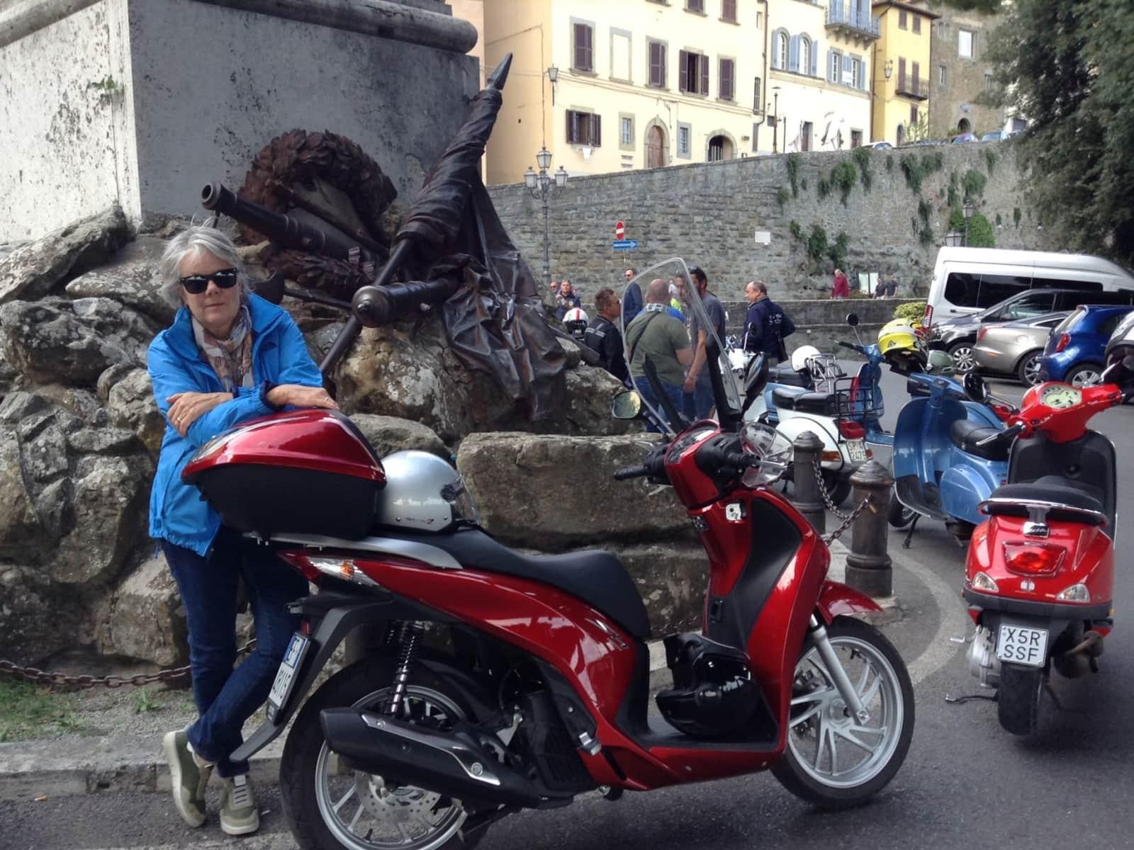 Linda & C from Chiusi, Italy