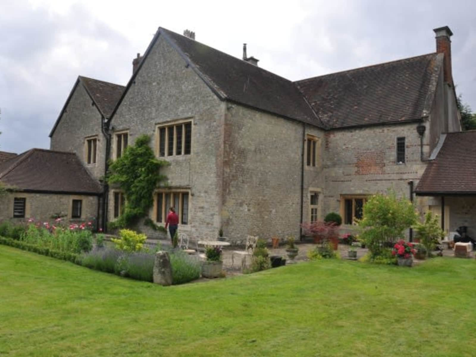 Housesitting assignment in Warminster, United Kingdom