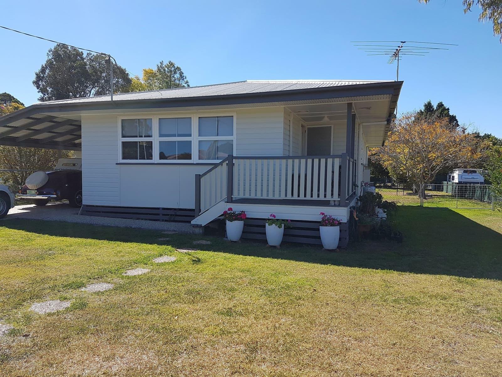 Housesitting assignment in Rosewood, Queensland, Australia