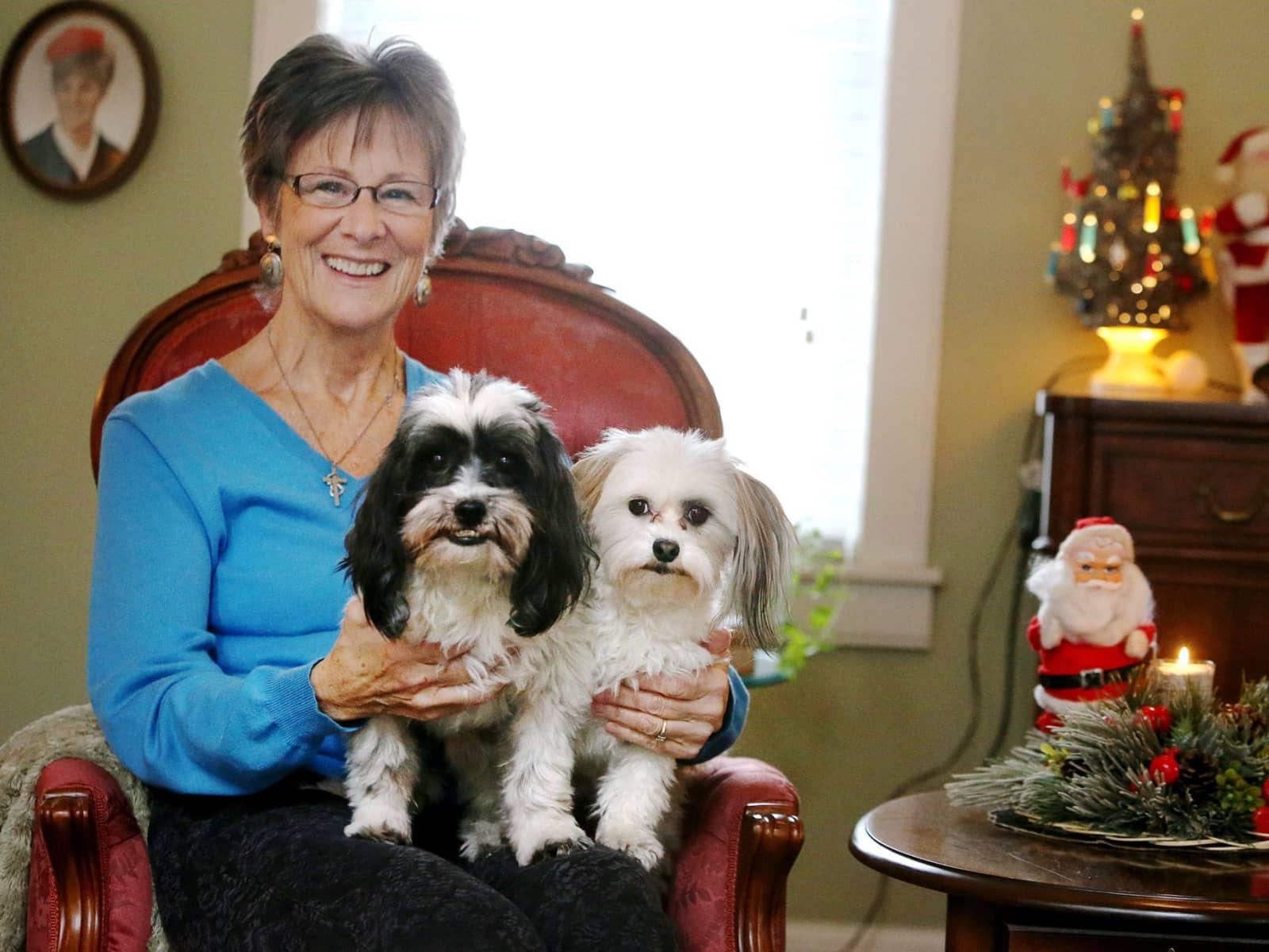 Sue from Minnetonka Mills, Minnesota, United States