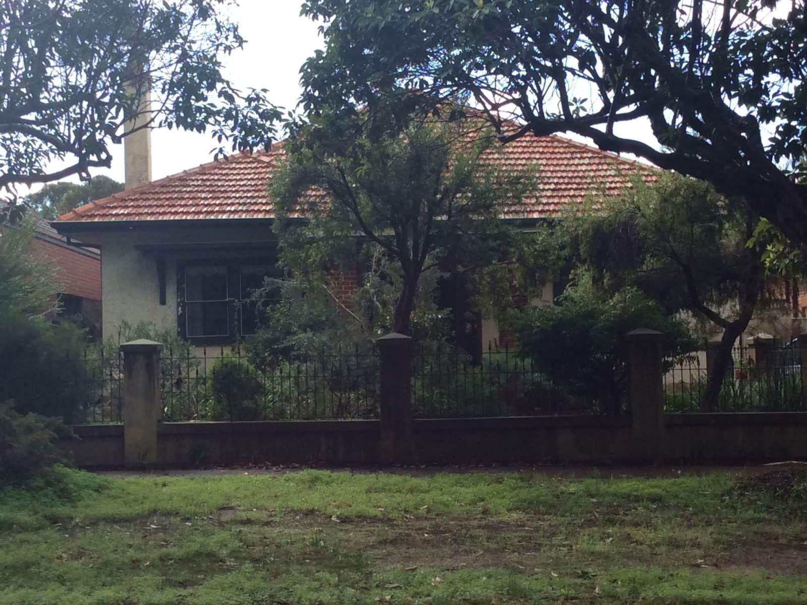Housesitting assignment in Daglish, Western Australia, Australia