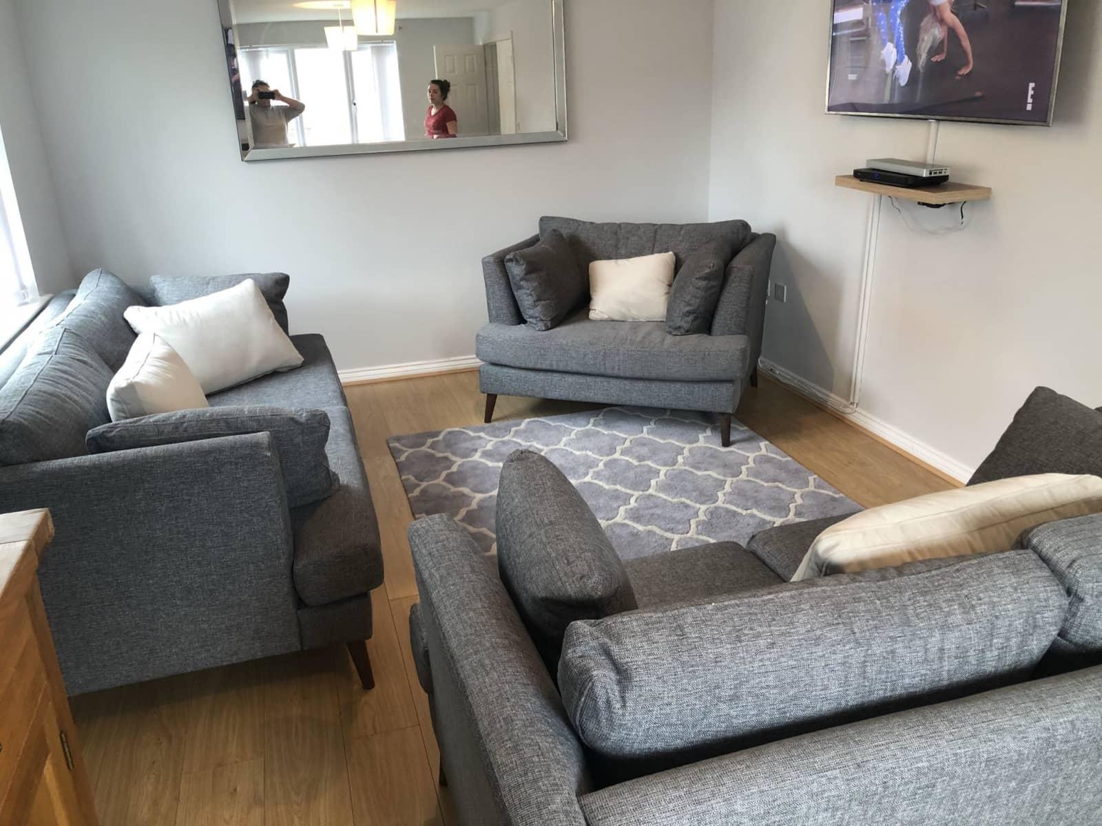 Housesitting assignment in Aberbargoed, United Kingdom