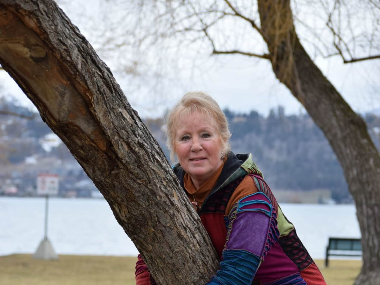 Robin from Kelowna, British Columbia, Canada