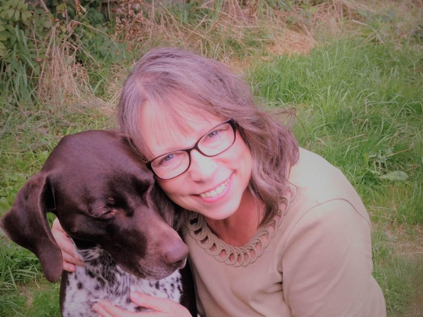 Lynda from Saint Agnes, United Kingdom