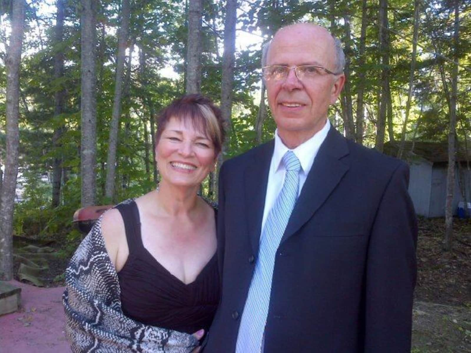 Stan & Lois from Fredericton, New Brunswick, Canada