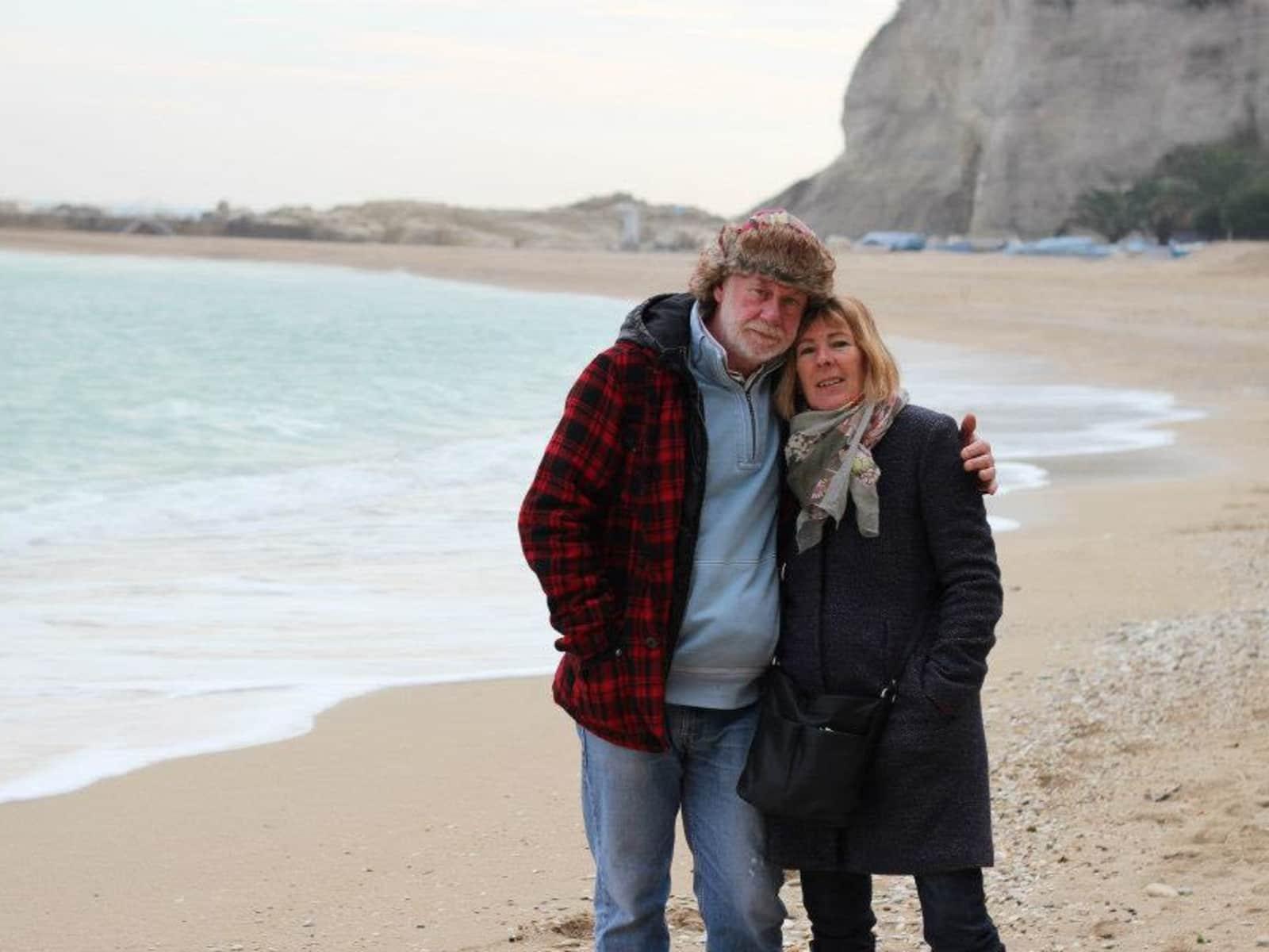 Lesley & Tony from Cupramontana, Italy