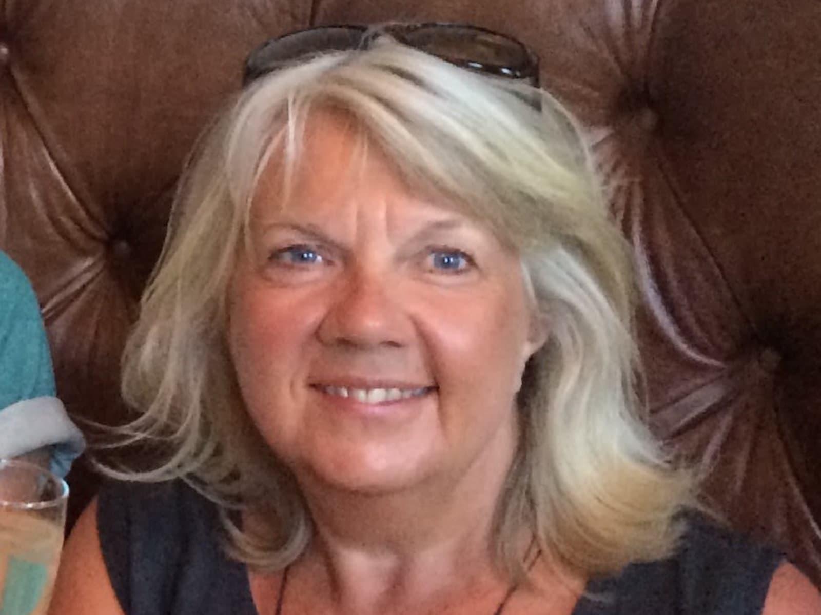 Liz from Leatherhead, United Kingdom