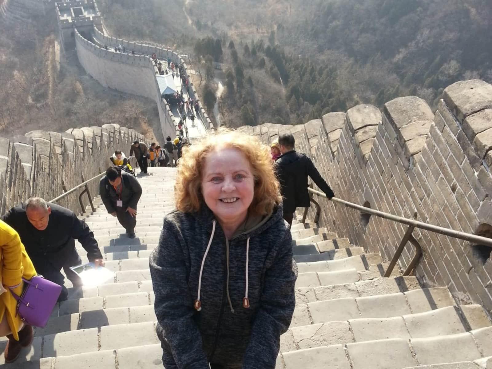 Diane from Niagara Falls Centre, Ontario, Canada